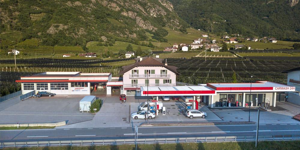 Tankstelle J. Oberrauch: Carwash & Reifendienst in Terlan bei Bozen